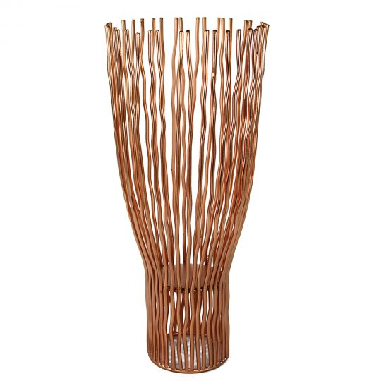Metal Pillar Candle Holder with Wavy Wires